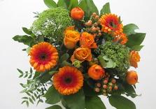 Bouquet dans les tons orange